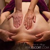 Fyra hands Massage