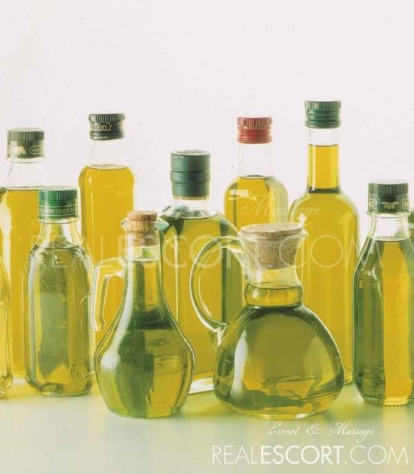 Oily French (blowjob w/oils)